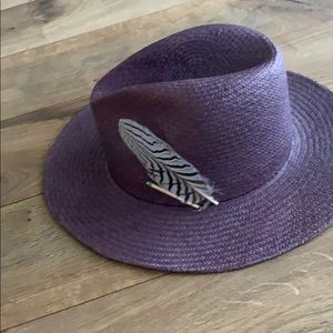 Nick Fouquet hat
